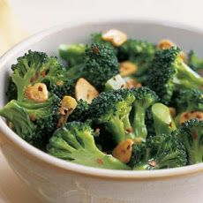 Broccoli with Red Pepper Flakes and Garlic Chips Recipe