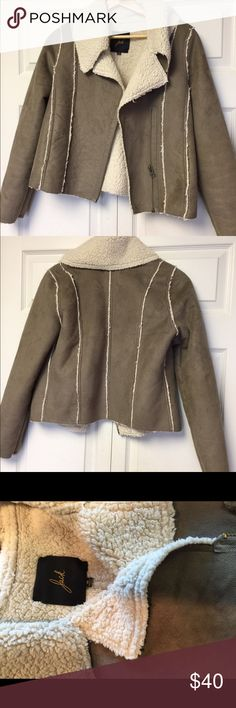 Bb Dakota sheepskin jacket Really cute sheepskin jacket which is paired perfectly with jeans. Also surprisingly warm BB Dakota Jackets & Coats
