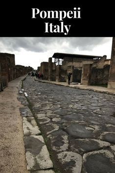 Day Trip to Pompeii - Black Girls Who Brunch Places In Italy, Oh The Places You'll Go, Places To Visit, Pompeii Italy, Pompeii And Herculaneum, Italy Vacation, Italy Travel, Greece Cruise, Italy Summer