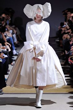 Comme des Garçons Spring 2012 Ready-to-Wear