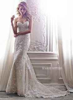 Arlyn - by Maggie Sottero