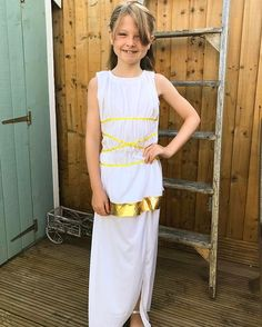 Roman day #Englishrose #naturalbeauty #Belle #bellemeansbeauty #happy #love #schooldressup Natural Beauty from BEAUT.E