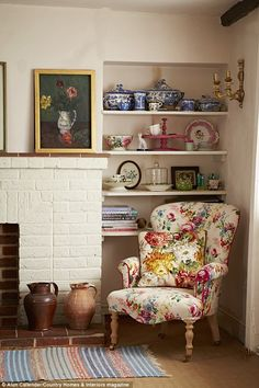 Shabby chic cottage decor with a beee-yoo-ti-ful, colourful chintz chair and oversized cushio. - Shabby chic cottage decor with a beee-yoo-ti-ful, colourful chintz chair and oversized cushion to t - Shabby Chic Interiors, Shabby Chic Cottage, Shabby Chic Homes, Shabby Chic Furniture, Shabby Chic Decor, Garden Furniture, Outdoor Furniture, Antique Furniture, Cheap Furniture