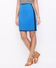 Side Zip Crepe Skirt