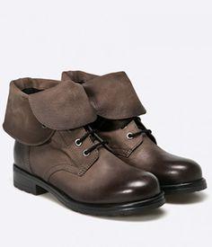 Ghete Clarks Dama Cu Siret Maro Biker, Boots, Fashion, Crotch Boots, Moda, Fashion Styles, Shoe Boot, Fashion Illustrations