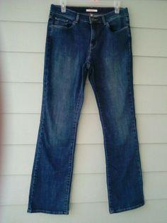 0505476e7f2cc Women Classic BootLeg Jeans 8 Blue Destressed Stretch Inseam-31  fashion