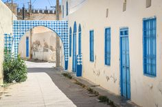 Add Fuel (Portugal) #streetart #erriadh #djerba #tunisia #stencil