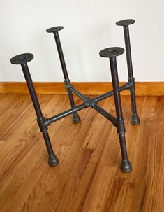Black Pipe Table Base/Frame DIY Parts Kit 1 pipe x 42 wide x 40 tall Pipe Leg Table, Iron Table Legs, Diy Table Legs, Diy End Tables, Round Wood Table, Diy Pipe, Table Frame, Black Pipe, Creation Deco