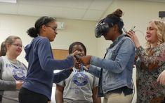 ¿Qué ocurre si introducimos todo un sistema de realidad virtual en un instituto? Mirad lo que pasó en un instituto de Tenesee, EE UU.
