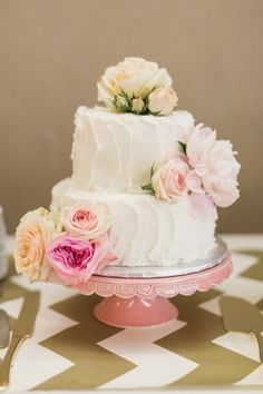 Intimate Summer Backyard Wedding in Pennsylvania ⋆ Ruffled Wedding Story, Wedding Blog, Wedding Styles, Wedding Cake Decorations, Wedding Cakes, Wedding Collage, Fair Photography, Fashion Cakes, Food Presentation
