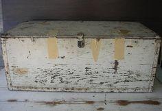 Military Foot Locker - Vintage, Furniture, Wood, Chippy, Shabby