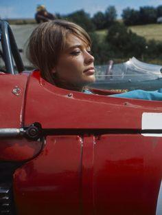 "Francoise Hardy on the set of "" Gran Prix "" Formula 1, Françoise Hardy, Black Audi, Classic Car Insurance, Beyond Beauty, Racing Events, Old Race Cars, Races Fashion, E Type"