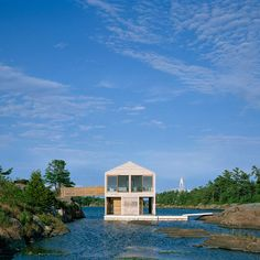 Floating House by MOS Architects bobs on the surface of Lake Huron