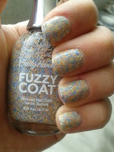 Sally Hansen, Fuzzy Coat, Textured nail color