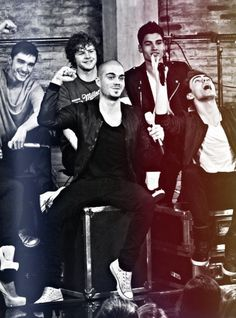 The Wanted. I can not believe they are breaking up. The Wanted Band, Tom Parker, Band Outfits, Crazy Fans, Midnight Memories, Portrait Inspiration, Celebs, Celebrities, Love Pictures