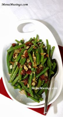 Menu Musings of a Modern American Mom: Lily's Maple Bacon Green Beans with Slivered Almonds