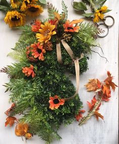 Fall horse head wreath for the home or barn Fall Wreaths, Christmas Wreaths, Christmas Decorations, Holiday Decor, Fall Flowers, Yellow Flowers, Horse Head Wreath, Stall Signs, Manualidades