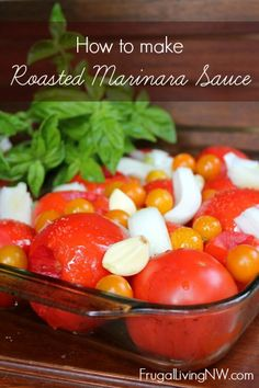 Marinara Sauce How to make roasted marinara sauce from scratch -- only fresh ingredients from your garden or farmer's market!How to make roasted marinara sauce from scratch -- only fresh ingredients from your garden or farmer's market! Homemade Sauce, Homemade Pasta, Homemade Spaghetti Sauce, Homemade Recipe, Marinara Sauce From Scratch, Recipe For Marinara Sauce, Pasta Sauce Canning Recipe, Canning Marinara Sauce, Vegetarian Recipes