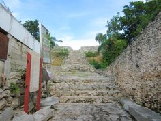 The steps to the Kinich Kak-Mo Mayan Pyramid in Izamal, Yucatan, Mexico -> Check out my blog post for more photos of Izamal along with my detailed guide and stories from my experiences exploring there!