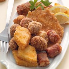 Fritto misto alla piemontese. Mixed fried meat and vegetables piedmontese-style