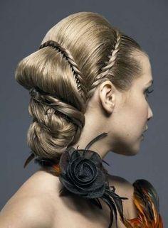 http://mediumhairstyleupdate.com/wp-content/uploads/elegant-updos-for-long-hair.jpg