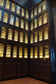 Super Wine Lockers Beutiful Home Inspiration Xortanetmahrainfo