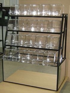 This 4 Tier Mirrored Candy Rack provides a nice self-service bulk candy display for your store. Candy Store Display, Gift Shop Displays, Store Displays, Bulk Candy, Candy Shop, Shop Interior Design, Store Design, Candy Bouquet Diy, Self Service