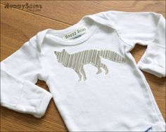 Itty Bitty Fox Onesie - Good for a new baby if you don't know their gender too!