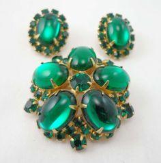 Vintage Green Brooch Earrings Rhinestone Juliana Style D&E Emerald Unsigned 737 #Unbranded