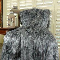 Plutus Grey Faux Wolf Throw, Gray