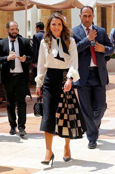 20 件 Queen Rania おすすめの画像 2020 ファッション 王妃 ラニア王妃