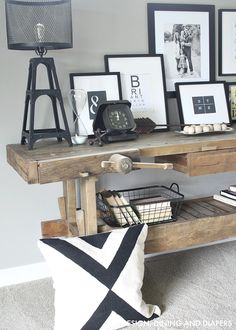 Rustic Console Display Carpenter's Bench Console Table - Love this!Carpenter's Bench Console Table - Love this! Family Room Design, Interior Design Living Room, Minimalist Home Decor, Minimalist Interior, Interior Modern, Minimalist Kitchen, Minimalist Living, Minimalist Bedroom, Modern Minimalist