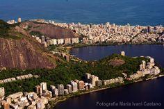 Maria Ivani Caetano é aluna do IF e levou a foto da semana com esta incrível foto aérea do Rio de Janeiro. #if #institutodefotografia #fotodoaluno #trabalhodoaluno #fotografia #cursoonline #formação Quer saber mais sobre nosso curso? Clique no link: