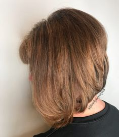 Layered Haircuts for Thick Hair In 2020 21 Classy Short Haircuts Hairstyles for Thick Hair Sensod Of 95 Awesome Layered Haircuts for Thick Hair In 2020 Shaggy Bob Hairstyles, Short Layered Haircuts, Short Hairstyles For Thick Hair, Medium Short Hair, Haircut For Thick Hair, Short Hair Cuts, Medium Hair Styles, Easy Hairstyles, Short Hair Styles