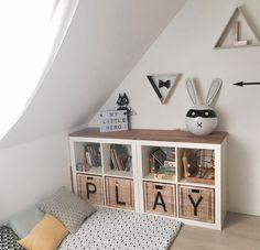 Keine Ahnung wohin mit dem Spielzeug? Gewinne jetzt die praktischen Ordnungsboxen von New Swedish Design und eine Spielfolie von Limmaland. Mach mit!