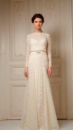 Simple yet elegant wedding dress. Love it!
