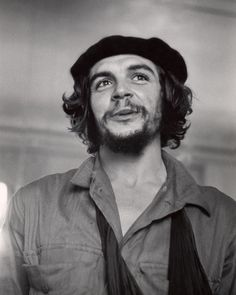 "size: Premium Photographic Print: Cuban Rebel Ernesto ""Che"" Guevara with His Left Arm in a Sling by Joseph Scherschel : Artists Che Guevara Pictures, Che Guevara Images, Che Guevara T Shirt, Wallpapers En Hd, Ernesto Che Guevara, Elliott Erwitt, Tumblr, Famous Photographers, Fidel Castro"