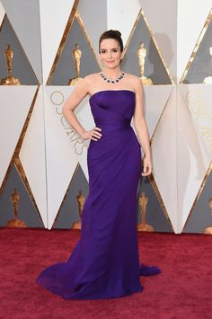 Pin for Later: See the Oscars Red Carpet Looks Everyone's Still Talking About Tina Fey Wearing a Versace dress and Bulgari jewels.