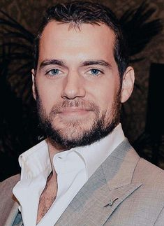 Henry Cavill photo edit by Kinorri Henry Cavill, Most Beautiful Man, Gorgeous Men, Henry Williams, Love Henry, Scott Eastwood, My Superman, The Man From Uncle, Long Layered Hair