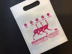 #Bolsa de tejido con un diseño original de la web elquenocorrevuela.com