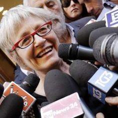 Cisl, stipendi d'oro: compensi che sfiorano 300mila euro. Espulso il dirigente che ha denunciato il caso  http://a.msn.com/r/2/BBlBcdb