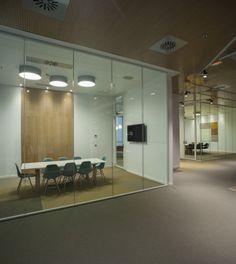 3GMicrosoft 20131207 700x785 Inside Microsofts New Madrid Office / 3g office