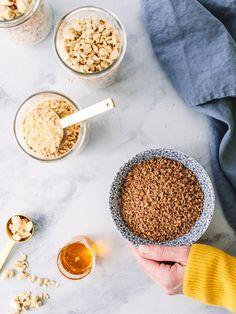 liste d'ingrédients, ce qui donne à la PVT la couleur brune ressemblant à de la viande hachée. C'est, à mon avis, un ingrédient ajouté bien inutile. Valeur Nutritive, Nutrition, Vegan Vegetarian, Cereal, Science, Tofu, Breakfast, Cupboard, Vegetarische Rezepte