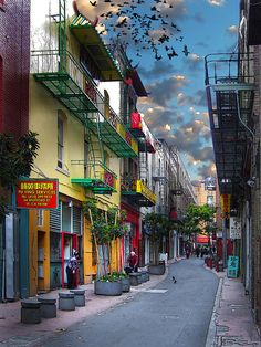 ✯ Chinatown - San Francisco, California - Great Pic!