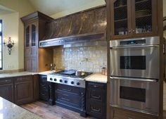 Textured Kitchen Hood - traditional - Kitchen - Chicago - Cheryl D & Company