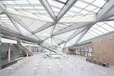 World Conference Center Bonn eröffnet / Klimagipfel unterm Glasdach - Architektur und Architekten - News / Meldungen / Nachrichten - BauNetz.de