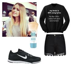 """""""Untitled #3"""" by best-friend-2016 ❤ liked on Polyvore featuring mode, City Chic, NIKE et Maybelline"""