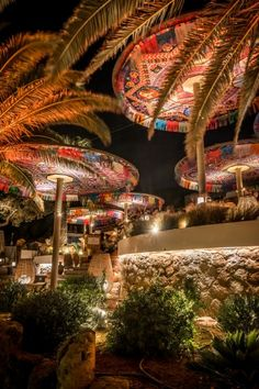 restaurant rustic Beach Restaurant Ibiza - Ibiza R - Bohemian Restaurant, Outdoor Restaurant Design, Bar Interior Design, Restaurant Interior Design, Exterior Design, Porches, Tiki Bar Decor, African House, Ibiza Beach