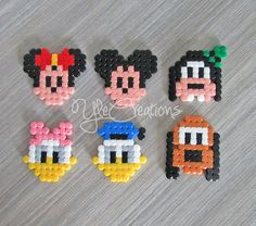 PIXEL ART Disney set hama beads perler party favor gifts Set von PIXEL ART Disney in Perlen hama perler cadeaux de Hama Beads Design, Diy Perler Beads, Perler Bead Art, Pearler Beads, Fuse Beads, Hama Beads Coasters, Motifs Perler, Perler Patterns, Pixel Art