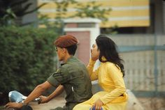 Vintage Color Photographs Capture Vietnamese Young Girls on the Streets of Saigon in the and South Vietnam, Vietnam War, Vietnam Costume, Getting Divorced, Retro Girls, Vietnam Travel, Ao Dai, Vintage Colors, Usmc